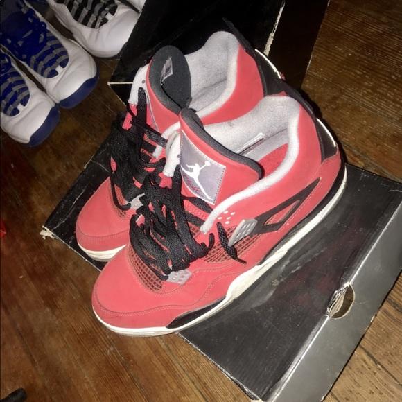 a4f432b6a9b Jordan Shoes   Air Retro 4 Toro Bravo Fire Red Size 10   Poshmark